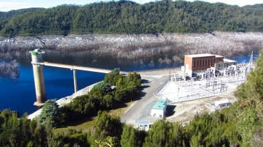 The Gordon dam was at about 10% capacity. Almost 50m below top level